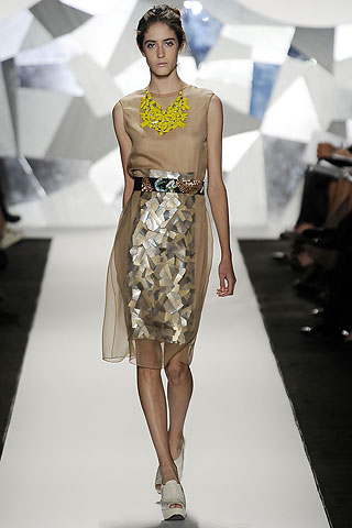 The Statement necklace on the catwalk