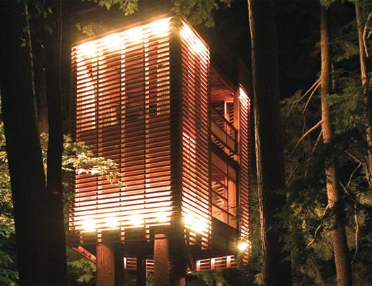 Described as a Japanese lantern on stilts.