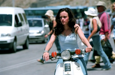 Lena or Alexis Bledel on vespa in Sisterhood of the Traveling Pants