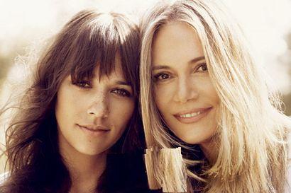 With her daughter Rashida Jones