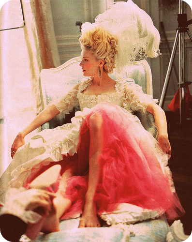 Kirsten Dunst high fashion in Marie Antoinette