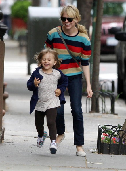Michelle Williams running after her and Heath's daughter Matilda