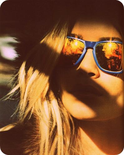 Ashley Olsen in sunglasses