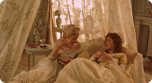 Kirsten Dunst and Rose Byrne in Marie Antoinette