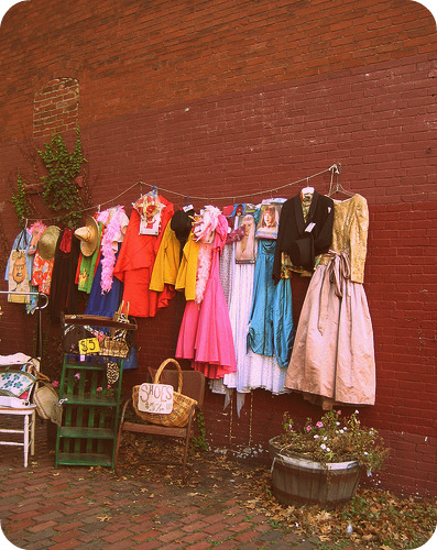Oona's thrift in Harvard Square
